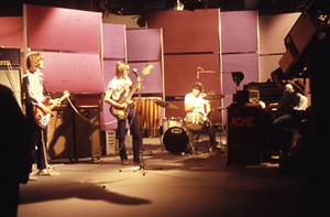 ACHE, 1st Danish rock band live in TV in colour, august 1969